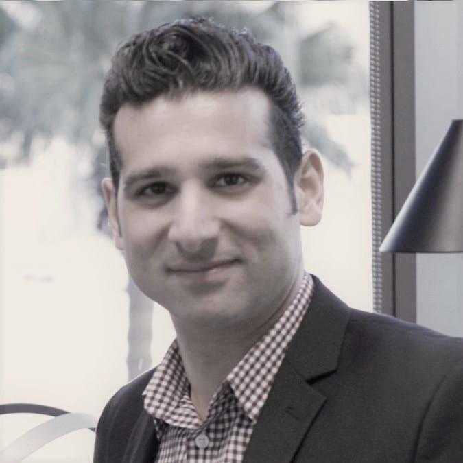 Azad Kaligi - Geo Forward